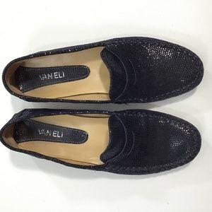 Vaneli Navy Italian loafer Sz 8.5 A